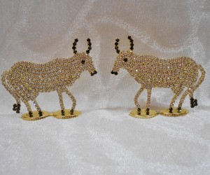 Diamond Cow Pair